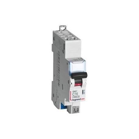 Disjoncteur DNX³ 4500 - 4,5 kA courbe C et D, protection des départs
